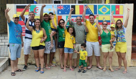 Olha a família do Seu Castro aí, minha gente!